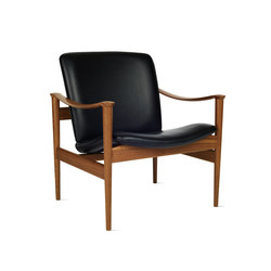 Modell 711 Chair | Armchairs | Design Within Reach