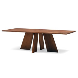 HAKAMA Dining Table | Dining tables | Conde House