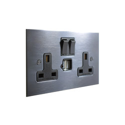 Antique Bronze double 13amp socket with USB | Prese inglesi | Forbes & Lomax