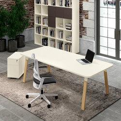 Atreo Wood | Desks | ALEA