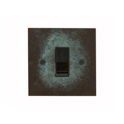 Verdigris USB socket | Connessioni multimediali | Forbes & Lomax