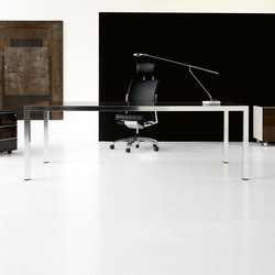 Fly desk | Individual desks | IVM
