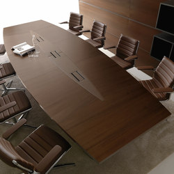 LLOYD meeting table | Objekttische | IVM