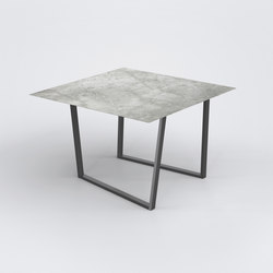 Dritto Dining Table 120 x 120 cm | Tables de repas | Salvatori