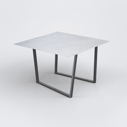 Dritto Dining Table 120 x 120 cm | Mesas comedor | Salvatori