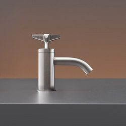 Cross CRX41 | Wash basin taps | CEADESIGN