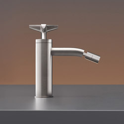 Cross CRX42 | Wash-basin taps | CEADESIGN