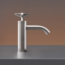 Cross CRX48 | Wash basin taps | CEADESIGN