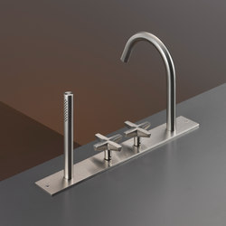 Cross CRX26 | Wash basin taps | CEADESIGN