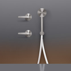 Flag FLG22Y | Shower controls | CEADESIGN