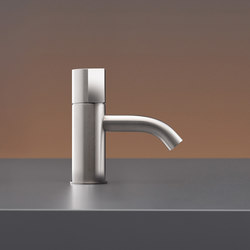 Duet DET02 | Wash basin taps | CEADESIGN