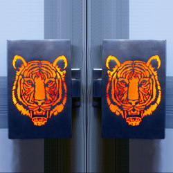 Tiger Illuminated Door Handles | Tiradores | Martin Pierce Hardware