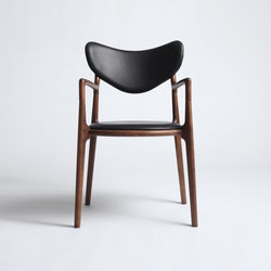 Salon Chair - Beech / Walnut Stain | Sillas | True North Designs