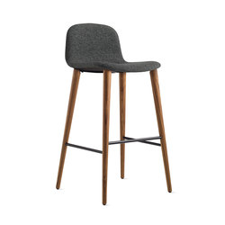 Bacco Barstool | Taburetes de bar | Design Within Reach