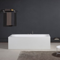Suite | Free-standing baths | MAKRO