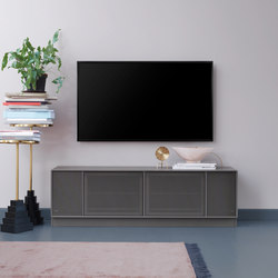 TV & SOUND | Hi-Fi storage solutions – example with plinth | Credenze multimediali | Montana Furniture