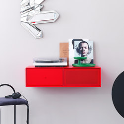 TV & SOUND | Hi-Fi storage solutions – example with suspension rails | Credenze multimediali | Montana Furniture