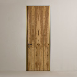 Line | Hinged Door | Internal doors | Laurameroni