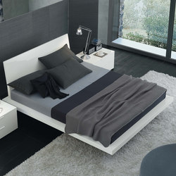 Tang | Beds | Jesse