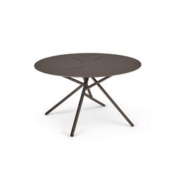 Mangrove Coffee table | Dining tables | DEDON