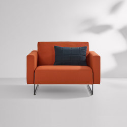 Mare fixed cushion | Poltrone lounge | Artifort