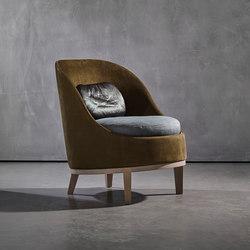 BELLE armchair | Sessel | Piet Boon
