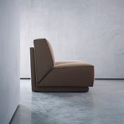 DOUTZEN armchair | Lounge chairs | Piet Boon
