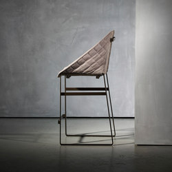 KEKKE stool | Taburetes de bar | Piet Boon