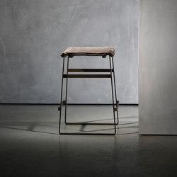 KEKKE stool | Bar stools | Piet Boon