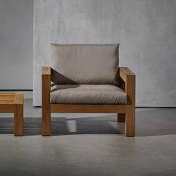 LARS armchair | Sessel | Piet Boon