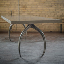 Wishbone Series Dining - ECC | Tables de repas | STACKLAB
