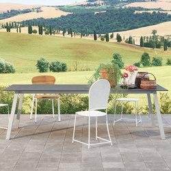 InOut 133 | 134 | Dining tables | Gervasoni