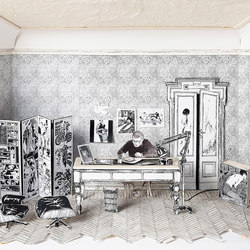 Viaggiatore immobile | Wall coverings / wallpapers | WallPepper