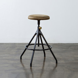 AKRON COUNTER STOOL WITH LEATHER SEAT | Taburetes de bar | District Eight