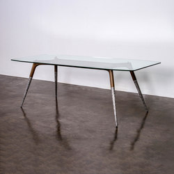 Assembly table medium/large | Dining tables | District Eight