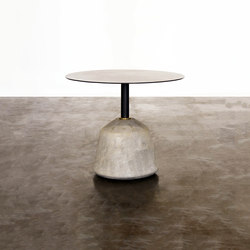 Exeter side table low | Tavolini alti | District Eight