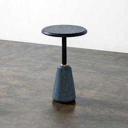 Exeter side table high | Tables d'appoint | District Eight