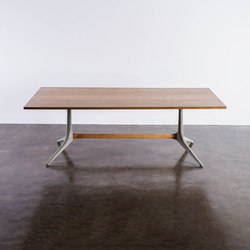 Kahn Trestle Dining Table | Tavoli pranzo | District Eight