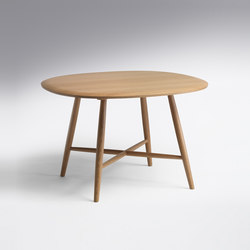 Trix | Table Trix Round Freeform | Dining tables | Schmidinger Möbelbau