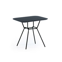 Strain tables | Dining tables | Prostoria