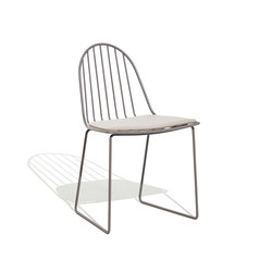 Illa chair with cushion | Sedie | Bivaq