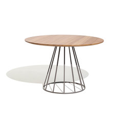Illa dining table Ø140x74 | Dining tables | Bivaq