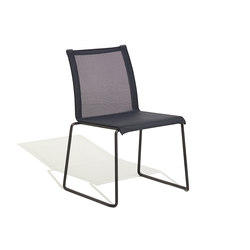 Club chair | Chaises | Bivaq