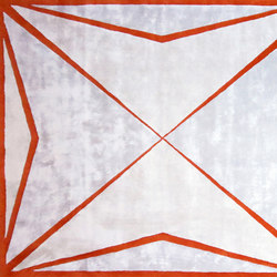 Maltese Cross Rug | Tapis / Tapis design | Ivar
