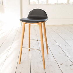 Nam Nam Wood Stool | Taburetes de bar | ICONS OF DENMARK