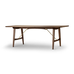 Hunting Table | Dining tables | Carl Hansen & Søn