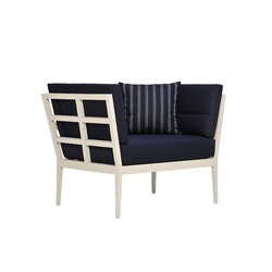 SLANT CLUB CHAIR | Garden armchairs | JANUS et Cie