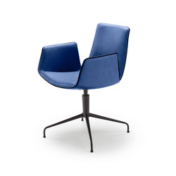 Amelie | Armchair mit Sternfuß | Stühle | FREIFRAU MANUFAKTUR