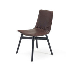 Amelie | Classic with wooden frame with cross | Chairs | Freifrau Sitzmöbelmanufaktur