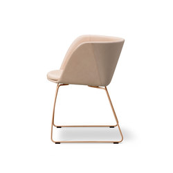 Verve Sledge - fully upholstered | Chairs | Fredericia Furniture